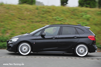 BMW 225 ix Active Tourer mit 20 Zoll BBS Super RS